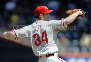 lee-phillies-back